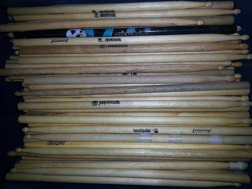 PS2/PS3/360/WII: DRUMSTICKS - PAIR (USED)