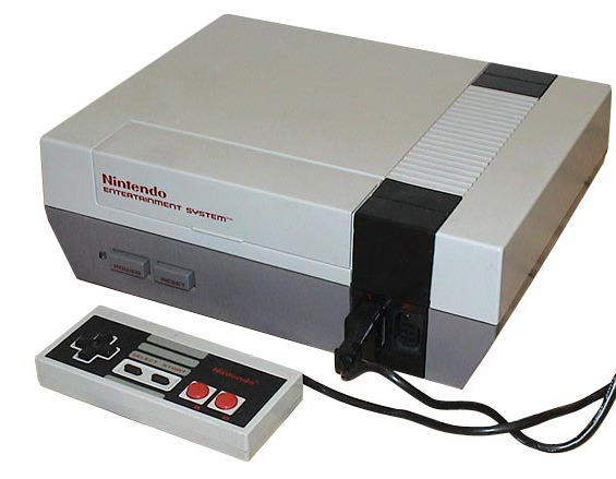 NES: CONSOLE - NES-001 - INCL: 1 CTRL; AV CABLE; AC ADAPTER; SUPER MARIO BROS / DUCK HUNT CART (USED)
